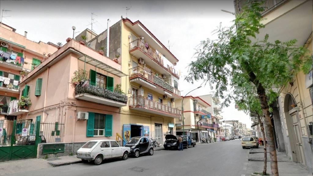 Appartamento in ottime condizioni in vendita Rif. 8425837