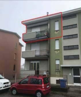 Appartamento in buone condizioni in vendita Rif. 8428431