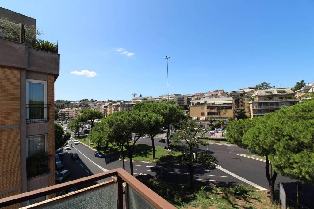 Appartamento in vendita a Roma, 5 locali, zona Zona: 32 - Fleming, Vignaclara, Monte Milvio, prezzo € 460.000 | CambioCasa.it
