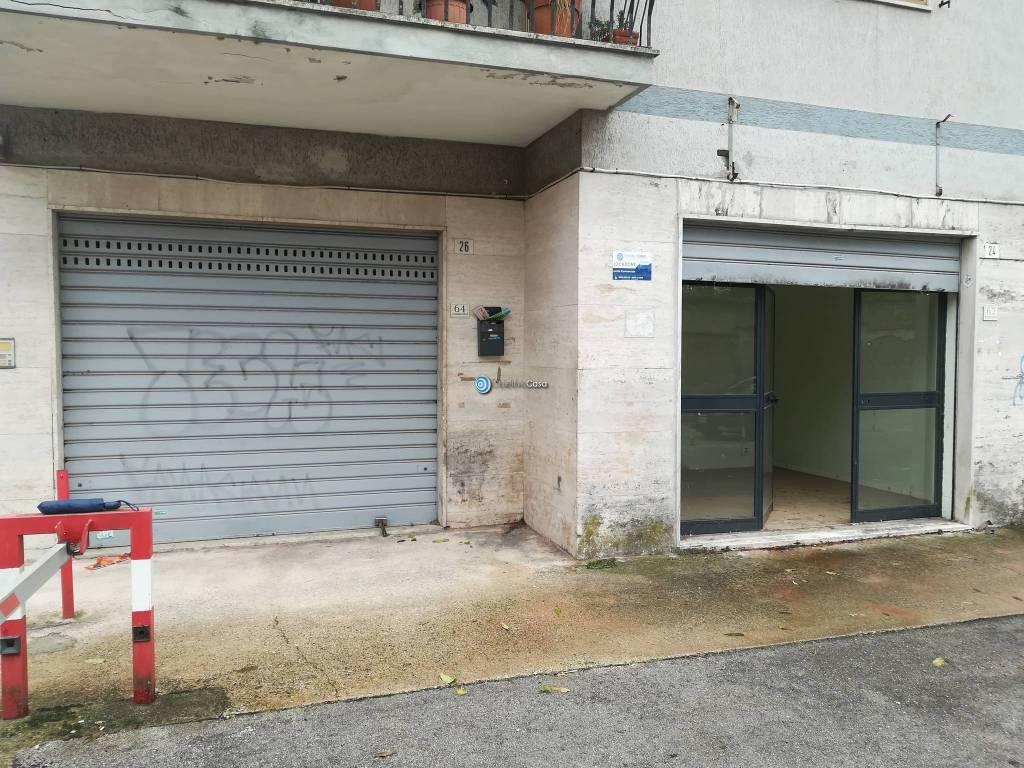 Locale commerciale, trav. di Via Unità Italiana Rif. 8424958