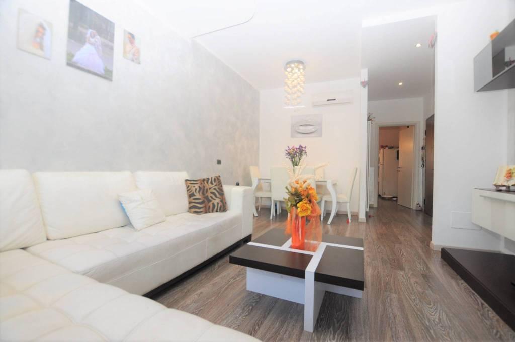 Appartamento in ottime condizioni in vendita Rif. 8424516