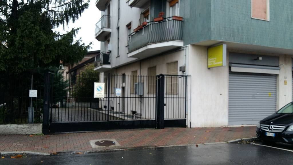 Attività / Licenza in affitto a San Donato Milanese, 1 locali, prezzo € 100   PortaleAgenzieImmobiliari.it