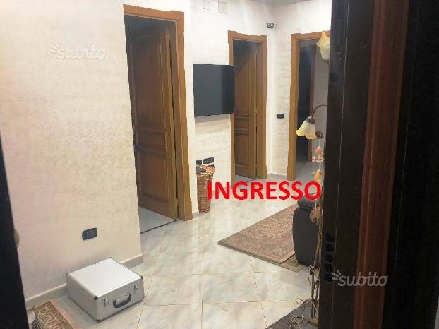 Appartamento in ottime condizioni in affitto Rif. 8428095