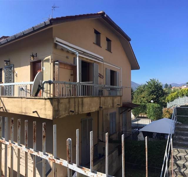 Appartamento in buone condizioni arredato in vendita Rif. 8428735