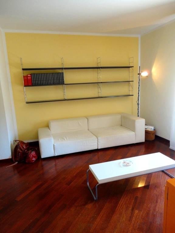 Appartamento in ottime condizioni in vendita Rif. 8423198