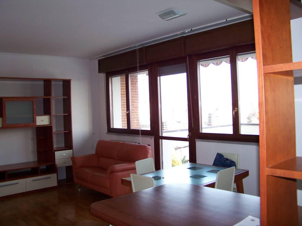 Appartamento in Affitto a Parma Periferia Ovest: 3 locali, 80 mq