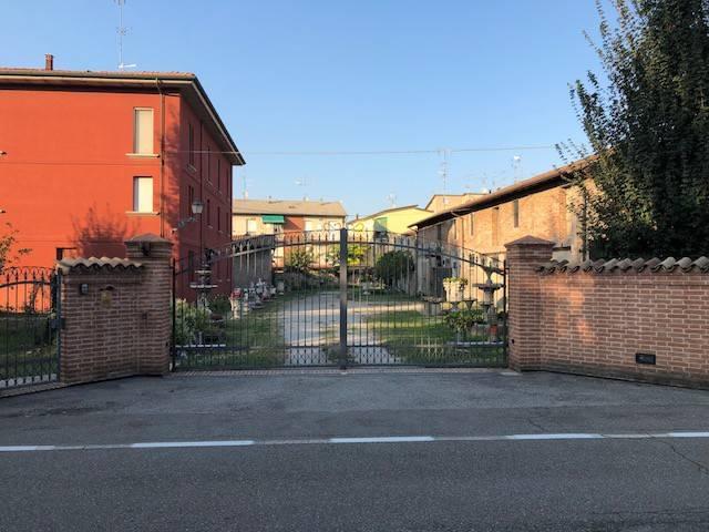 Magazzino in Vendita a San Giovanni In Persiceto: 3 locali, 100 mq