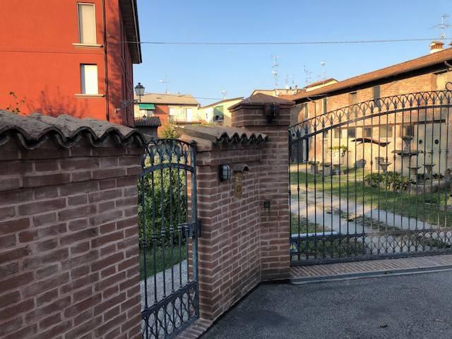 Villa in Vendita a San Giovanni In Persiceto Centro: 5 locali, 163 mq