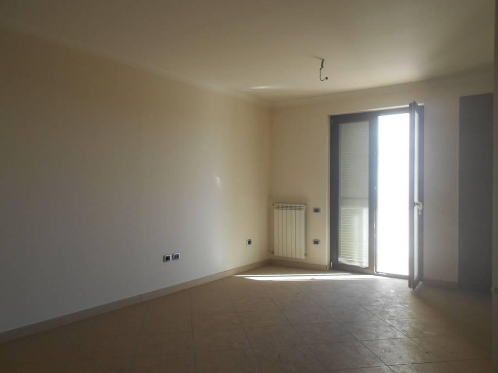 Grazioso appartamento zona Gelsomino ad Afragola