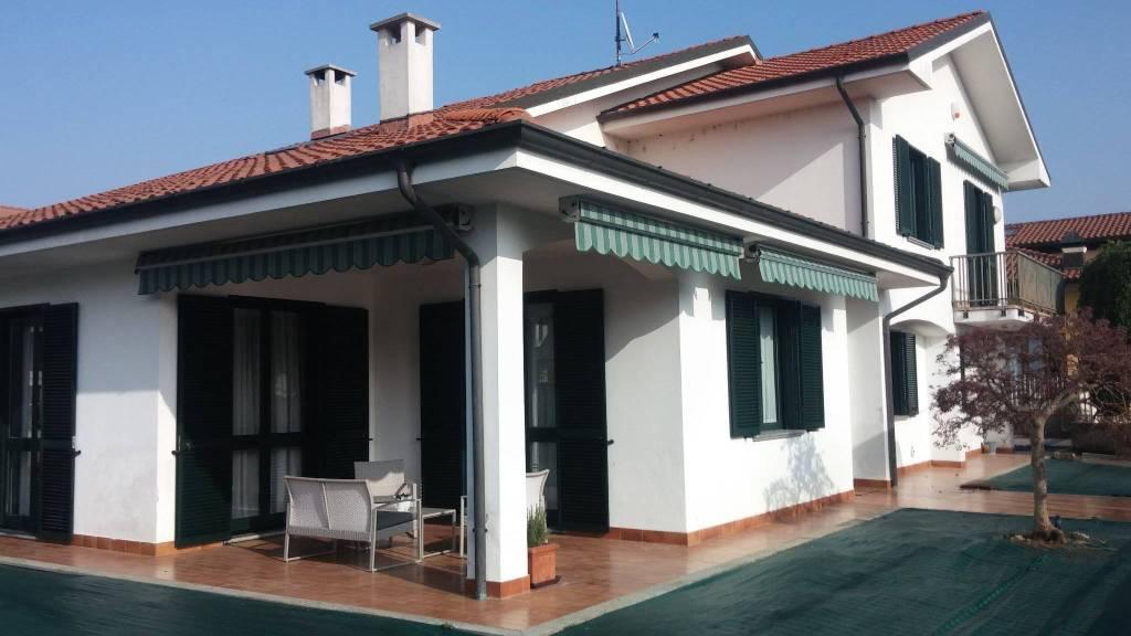 Villa a Trino