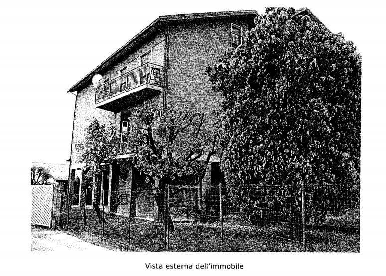 Appartamento in buone condizioni in vendita Rif. 8428785
