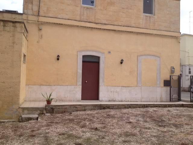 Appartamento in buone condizioni in vendita Rif. 8434375
