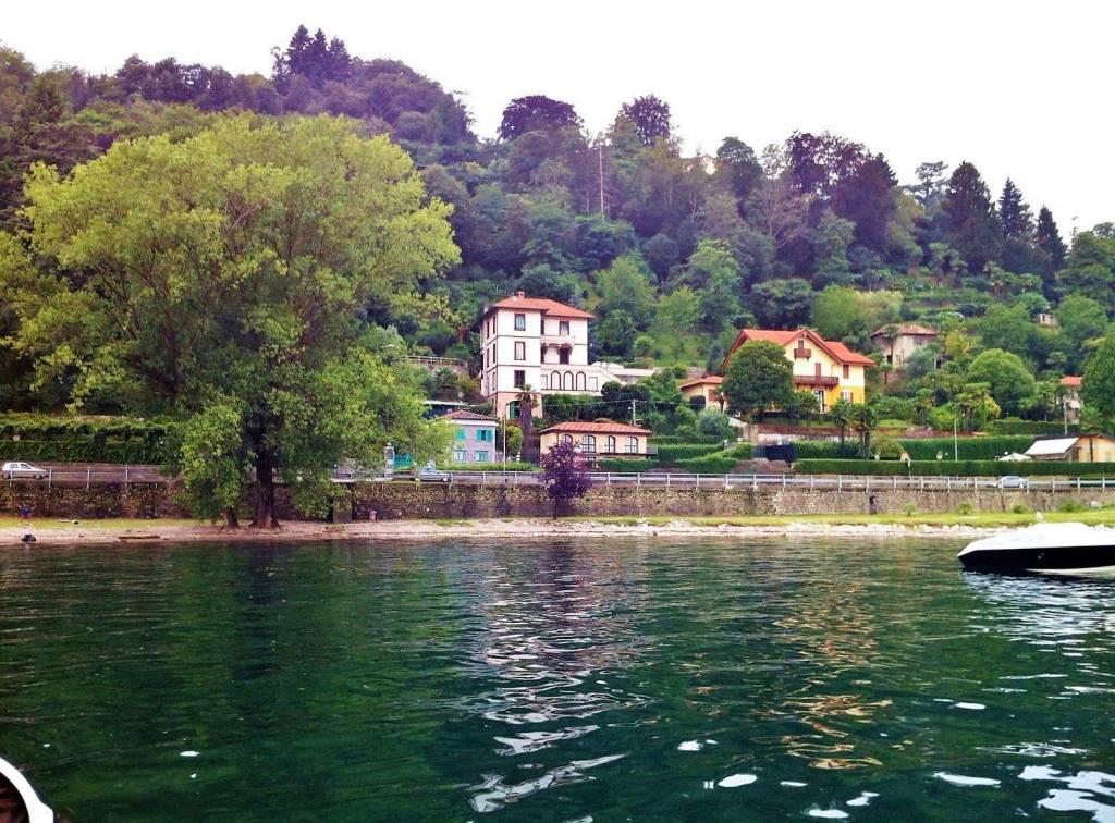Villa in vendita a Meina, 6 locali, prezzo € 2.500.000 | CambioCasa.it