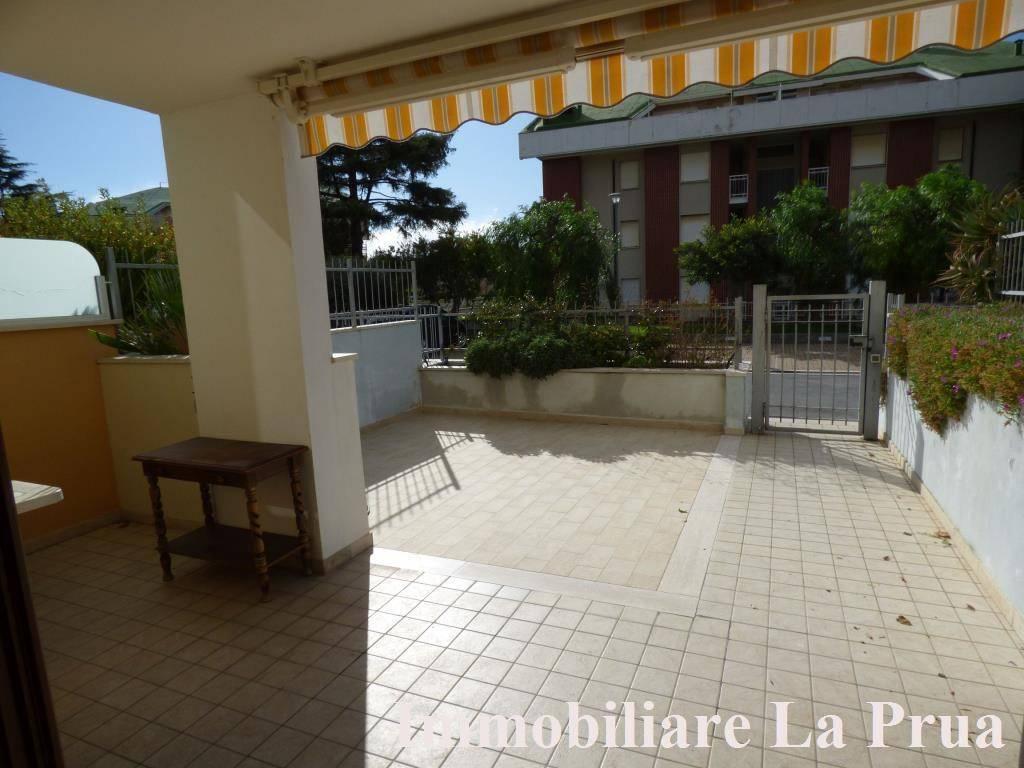 Appartamento in vendita a Andora, 4 locali, prezzo € 380.000 | PortaleAgenzieImmobiliari.it