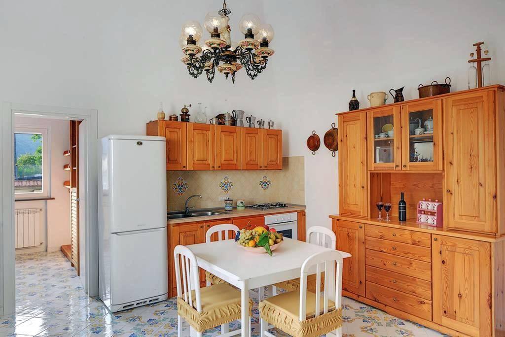 S.agnello, appartamento con ingresso indipendente, ideale pe