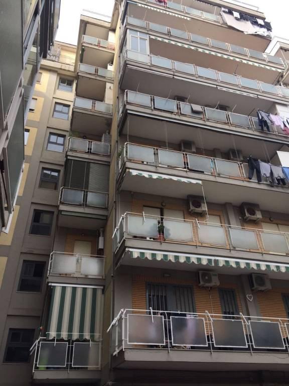 Appartamento in buone condizioni arredato in affitto Rif. 8442734