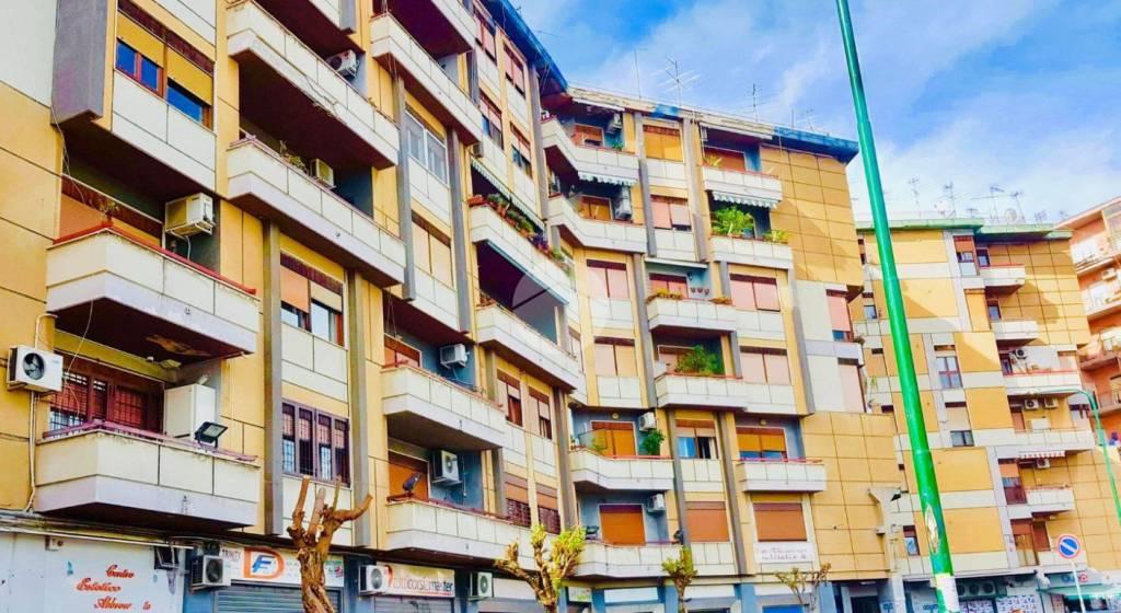 Appartamento in buone condizioni parzialmente arredato in vendita Rif. 9273877