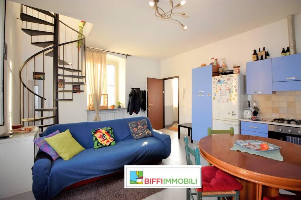 Appartamento in ottime condizioni in vendita Rif. 8444026