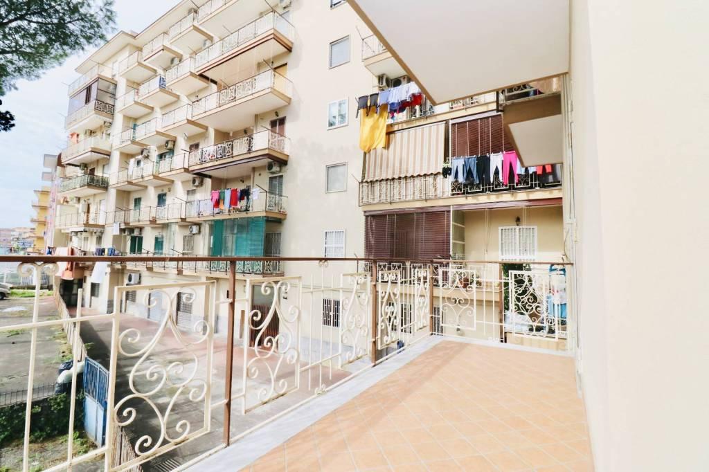 Appartamento in buone condizioni in affitto Rif. 8440550