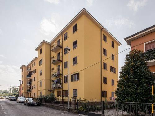 Appartamento in buone condizioni in vendita Rif. 8443216