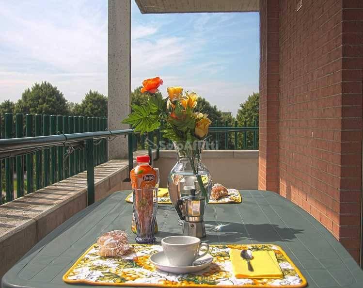 Appartamento in ottime condizioni arredato in affitto Rif. 8496298