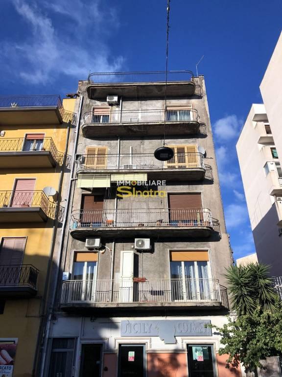 Appartamento in ottime condizioni in vendita Rif. 8452153