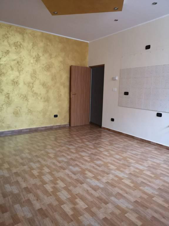 Appartamento in ottime condizioni in affitto Rif. 8458407