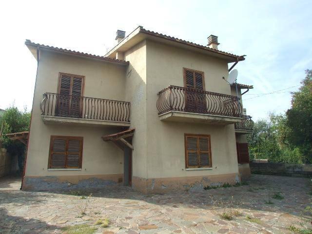 Villa in buone condizioni in vendita Rif. 8463681