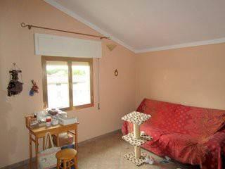 Appartamento in buone condizioni in vendita Rif. 8466436