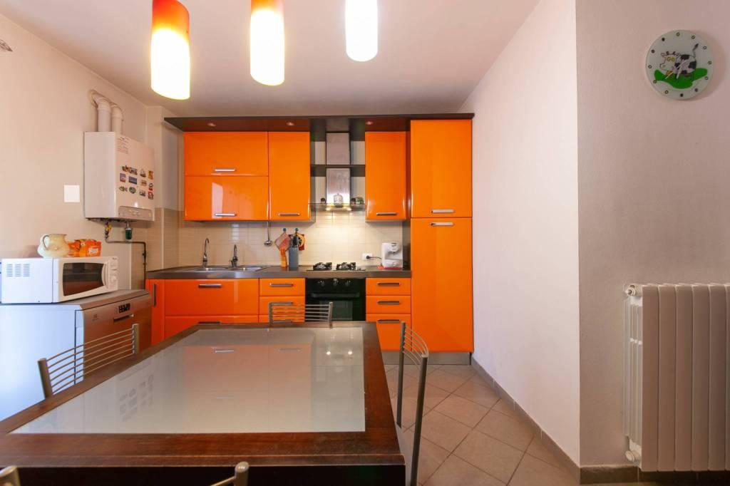 Appartamento in ottime condizioni in vendita Rif. 8423290