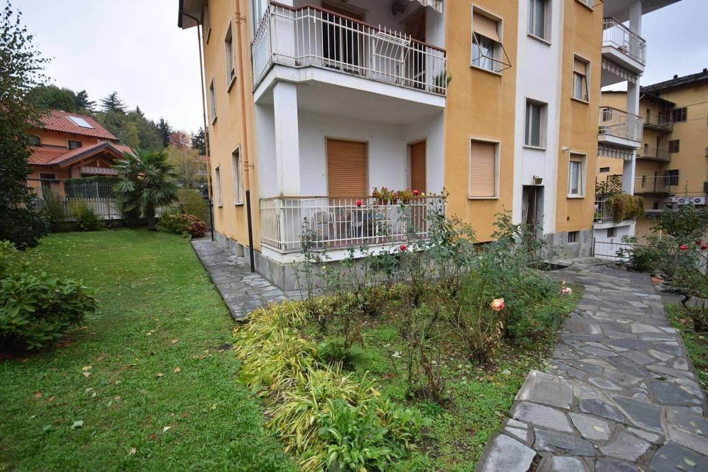 Appartamento in buone condizioni in affitto Rif. 8467249