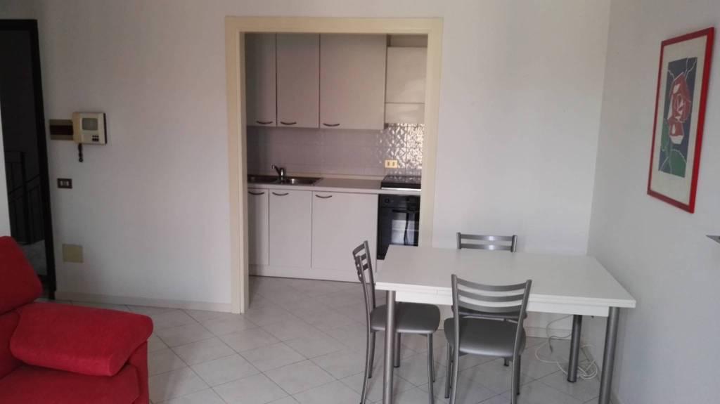 Appartamento arredato in affitto Rif. 8464404
