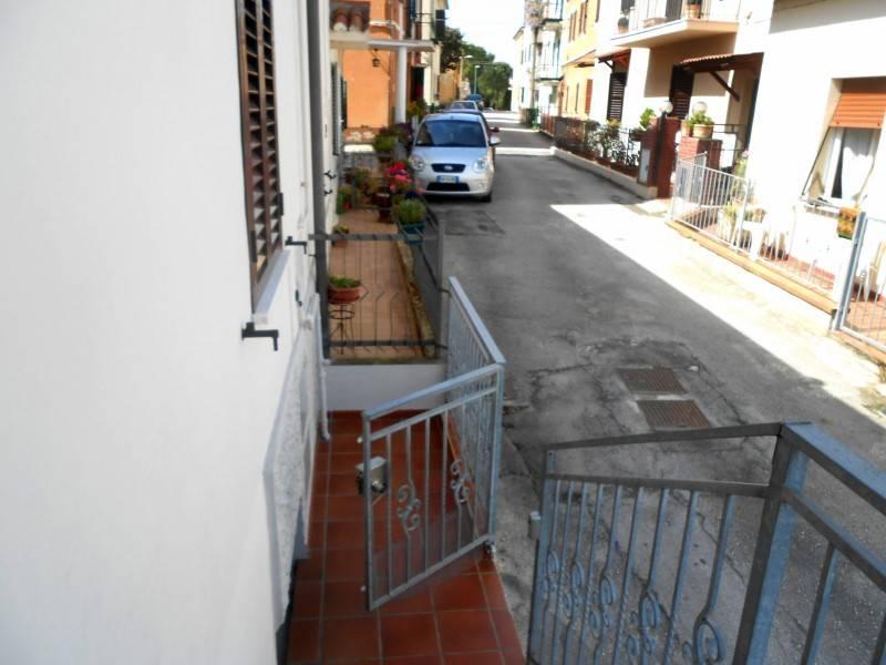 Appartamento in affitto ingresso indipendente Jesi J32013