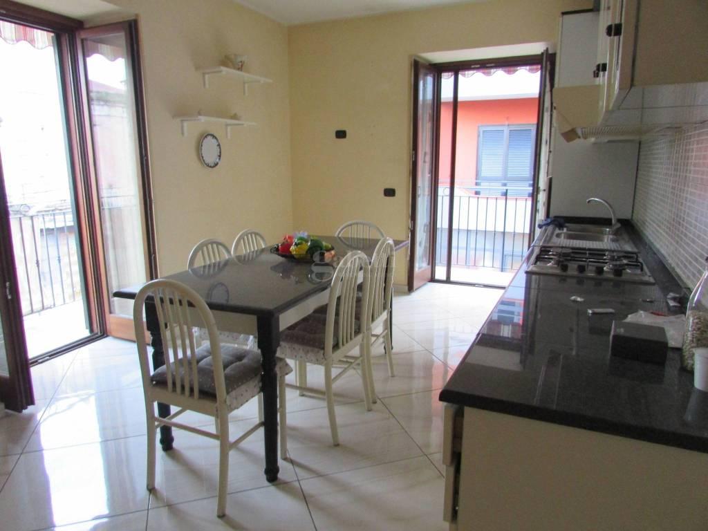 Appartamento in ottime condizioni parzialmente arredato in affitto Rif. 8469205