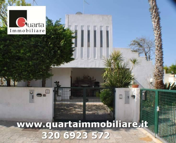 Appartamento in Affitto a Lecce Periferia: 4 locali, 96 mq