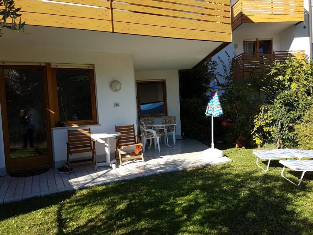 Appartamento in buone condizioni arredato in vendita Rif. 8482873