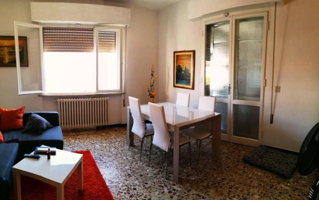 Appartamento in buone condizioni in vendita Rif. 8483119
