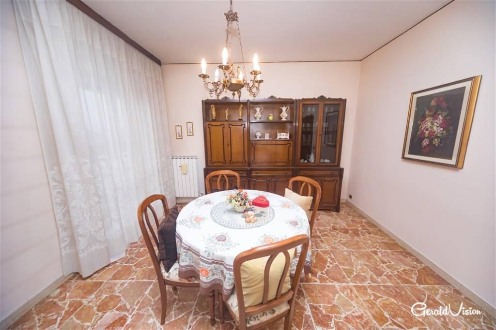 Appartamento da ristrutturare in vendita Rif. 8481924