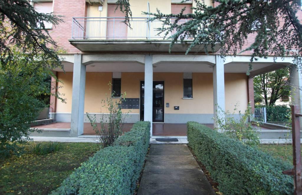 Appartamento in buone condizioni arredato in vendita Rif. 8479273