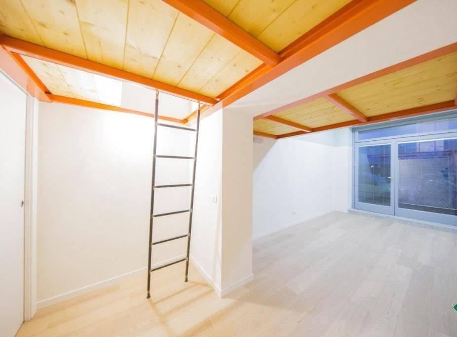 Appartamento in ottime condizioni in vendita Rif. 8480358