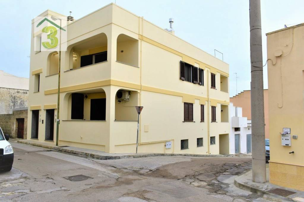Appartamento in buone condizioni in vendita Rif. 8478143