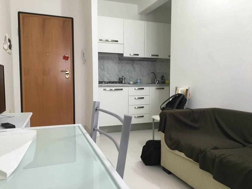 Appartamento in ottime condizioni arredato in vendita Rif. 8479675