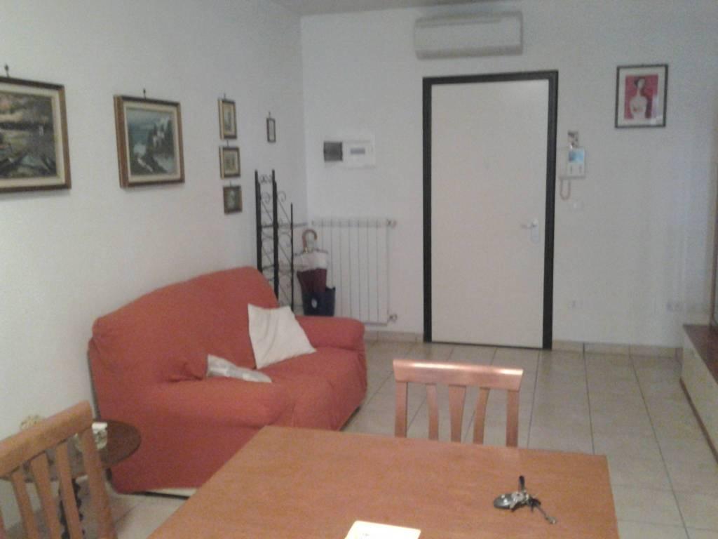 Appartamento arredato in affitto Rif. 8480452
