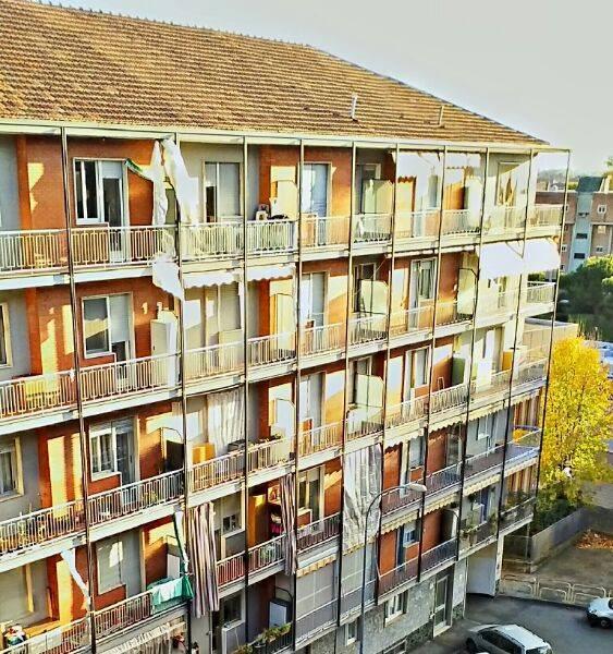 Appartamento in ottime condizioni in affitto Rif. 8519008