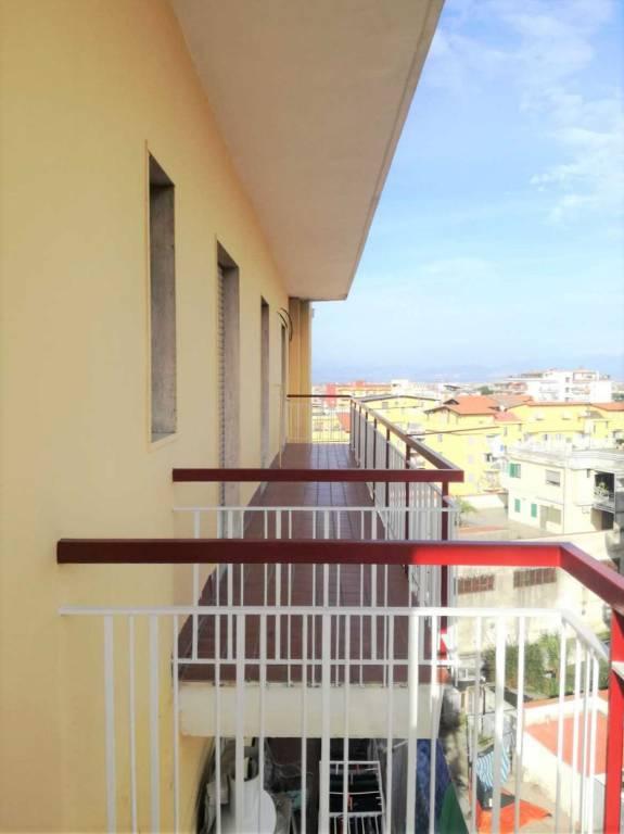 Appartamento in ottime condizioni in affitto Rif. 8478779