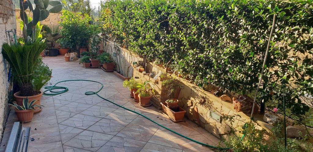Appartamento in vendita a Castel Gandolfo, 4 locali, prezzo € 145.000 | CambioCasa.it