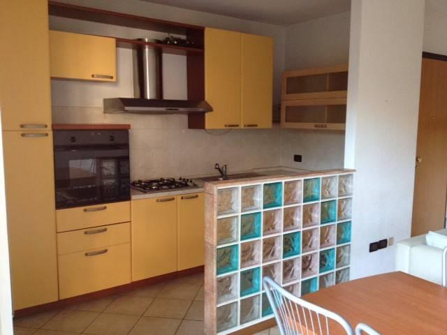 Appartamento in ottime condizioni parzialmente arredato in vendita Rif. 8477116