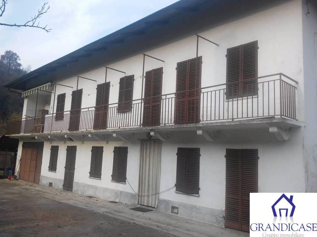 Foto 1 di Villa via Cocconato, Monteu Da Po