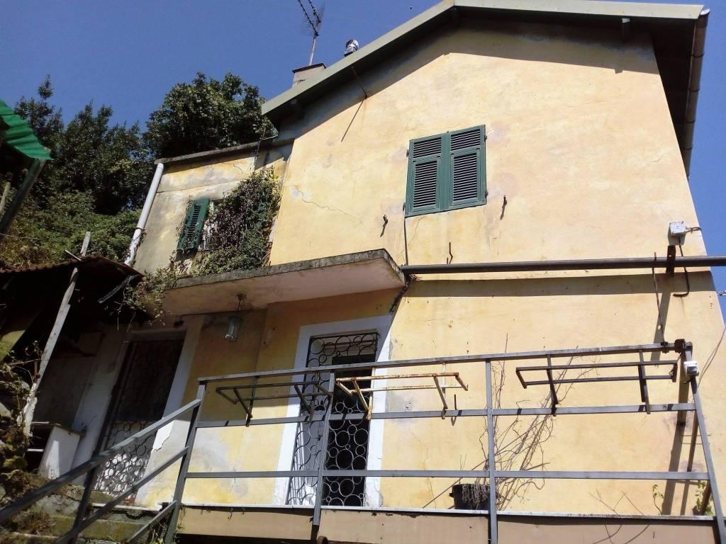 Foto 1 di Casa indipendente via Sanda 97, Celle Ligure