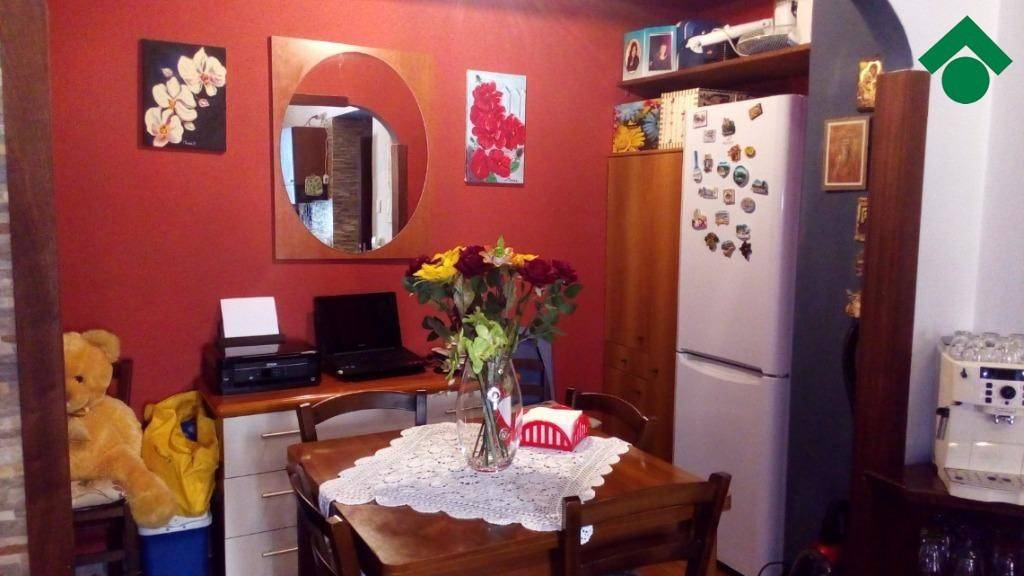 Appartamento in buone condizioni arredato in vendita Rif. 9179503